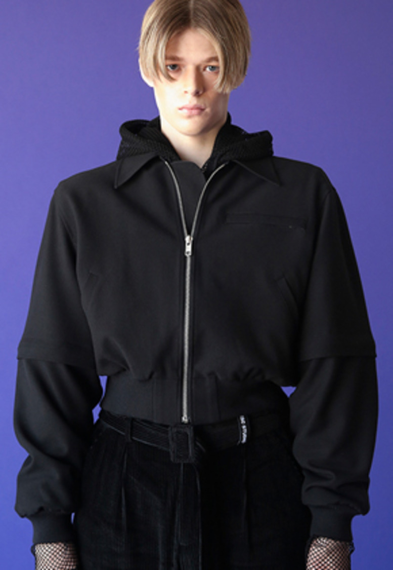 ESC Studio이에스씨스튜디오 Crop blouson (black)