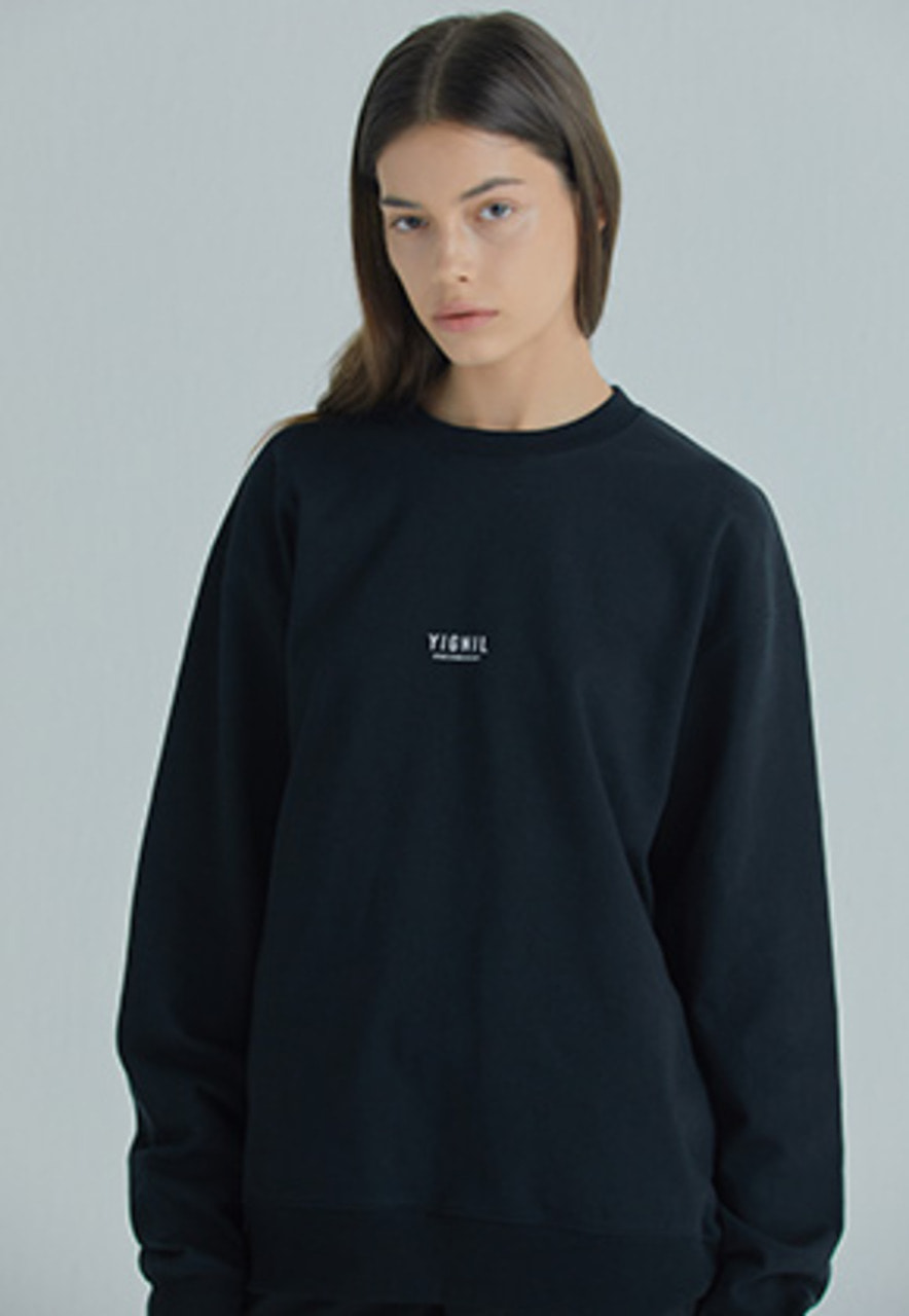 YIGNIL이그닐 Black Signature 'NAME-TAG' Sweatshirt (W)