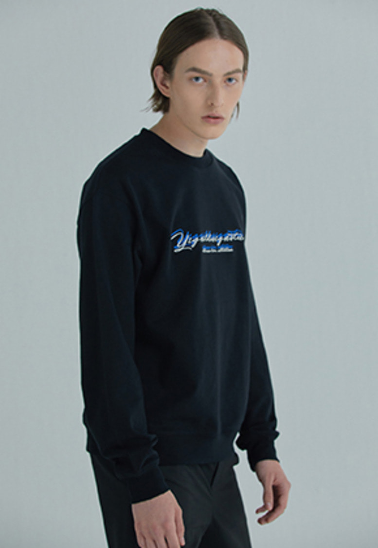YIGNIL이그닐 Black Overlapped 'SEASON 2' Sweatshirt