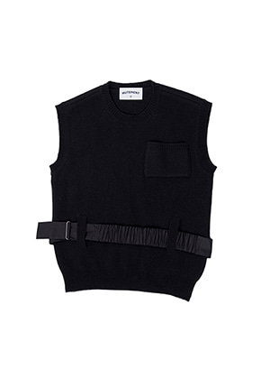 MUTEMENT뮤트먼트 black B frame knit vest
