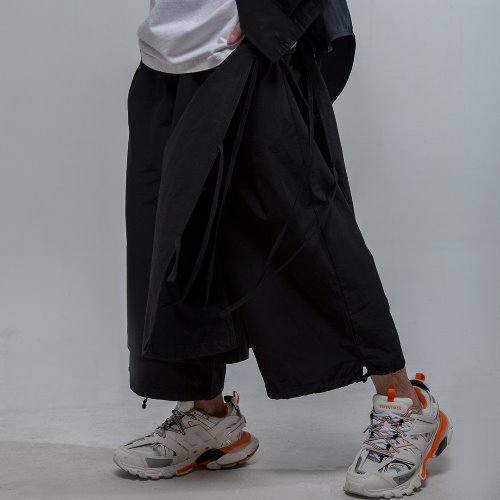 Maedaryuto마에다류토 DOUBLE WIDE CROP PANTS
