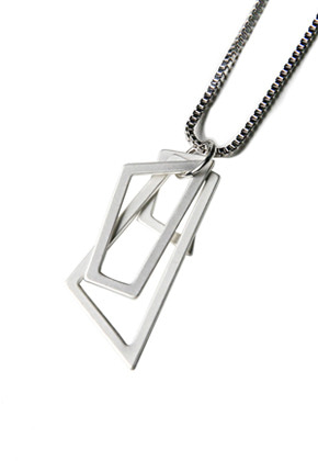 Voiebit브아빗 V827 FIGURE NECKLACE  SLIVER