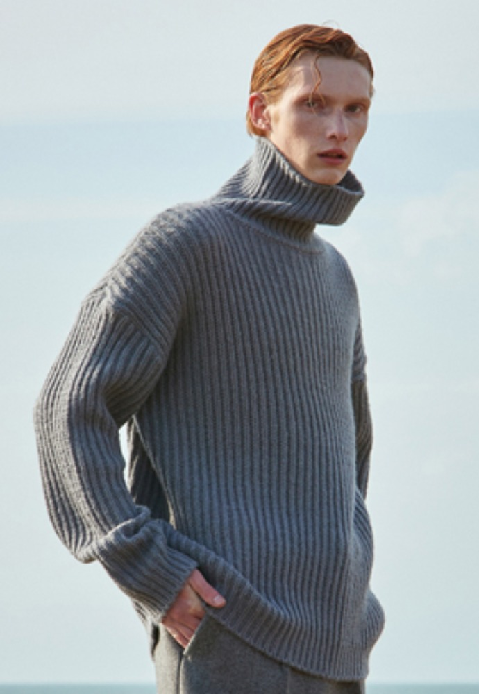 Voiebit브아빗 V573 HEAVY WOOL TURTLENECK KNITS GRAY