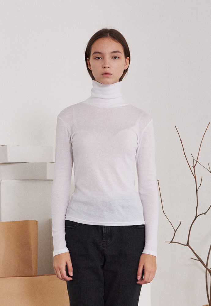 TMO BY 13Month 티엠오 바이 써틴먼스 SEE-THROUGH TURTLENECK T-SHIRT (WHITE)