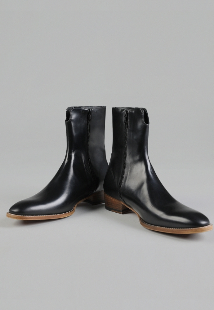 ADDOFF애드오프 ADDOFF X Bananafit Collab.03 Boots - Black/Brown